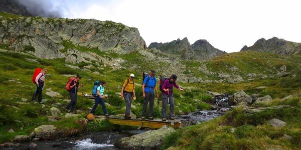 Bachquerung oberhalb der Capanna Campo Tencia.