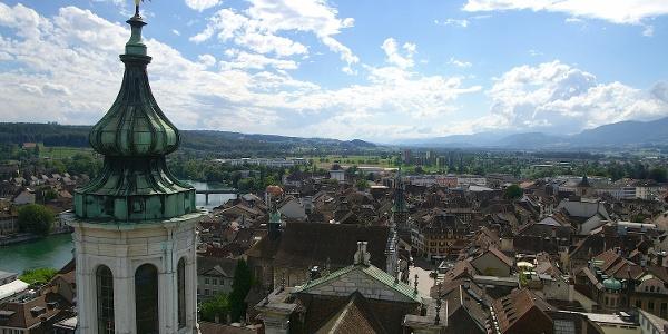 Blick von der St.-Ursen-Kathedrale über Solothurn.