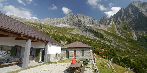 Die Terrasse des Rifugio Citta di Lissone