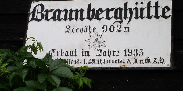 Hüttenschild an der Braunberghütte