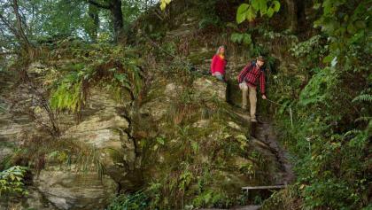 Über die Felsen im Baybachtal