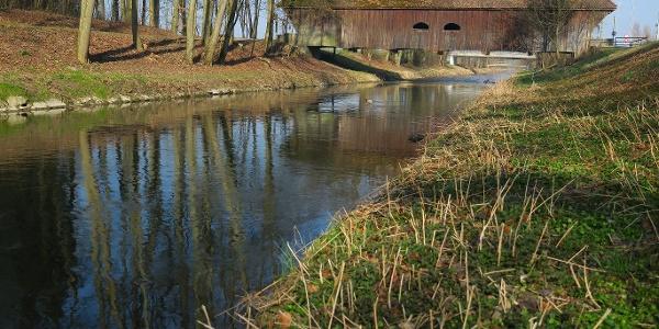 Holzbrücke über die Glatt.