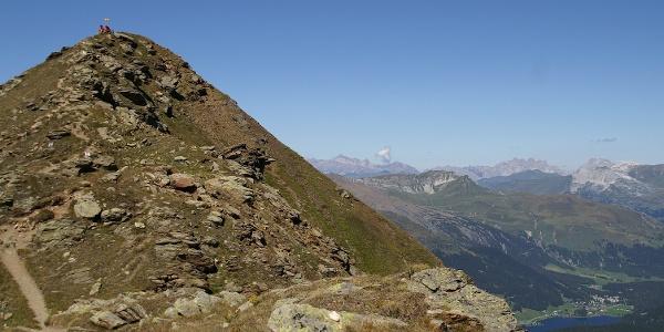 Aussichtskanzel Jatzhorn, rechts unten der Davosersee.