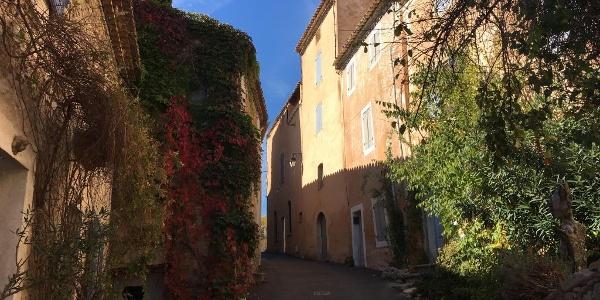Joucas village