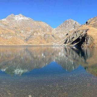Wilder See, im Hintergrund die Wilde Kreuzspitze, Vals - Gitschberg-Jochtal