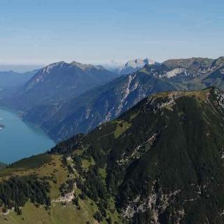 Stanserjoch mit Blick auf den Achensee
