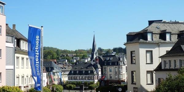 Blick auf Marktplatz vom Burgaufgang