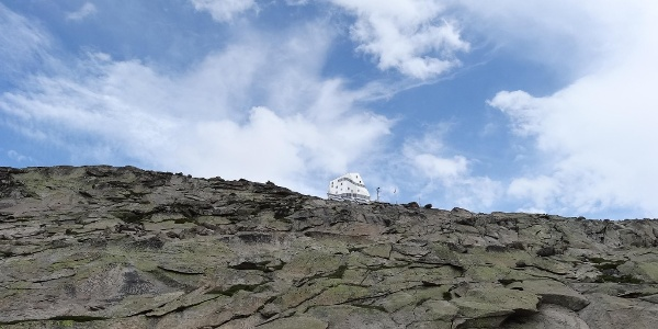 La cabane du Mont Rose se rapproche - vous approchez du but