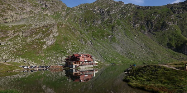 Idyllisch gelegenes Chalet am Bâlea-See