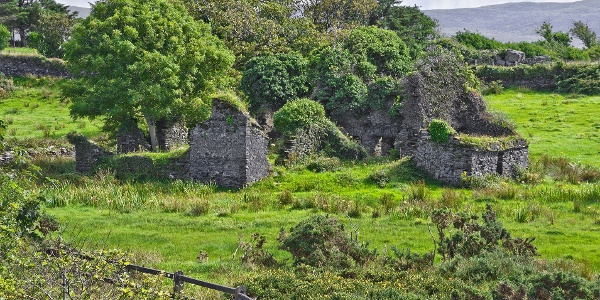 Ruins near Cahersiveen