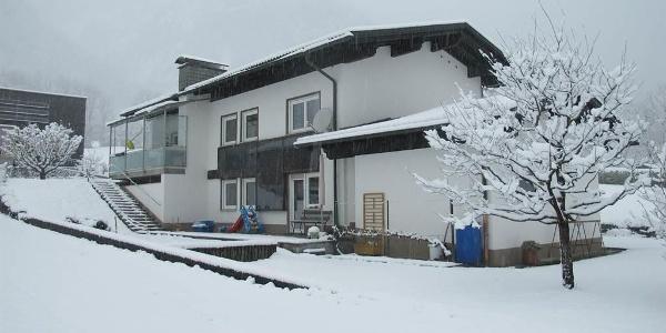 Haus Mangeng - Ferienwohnung im Winter