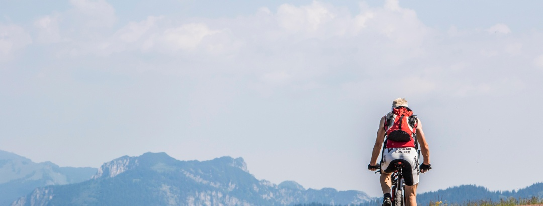 Mountainbiker an der Waidringer Steinplatte