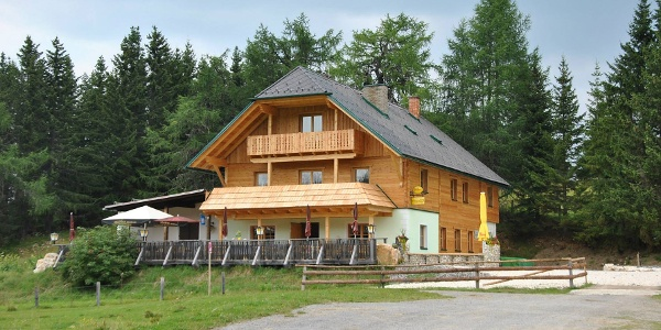 Neues Grebenzen-Schutzhaus auf 1.660 m Seehöhe
