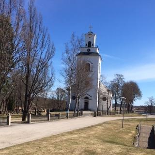 Forsa kyrka från väster