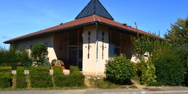 Assieu: The Town Hall
