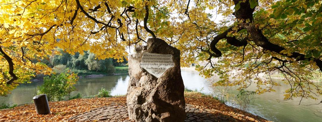 Weserstein im Herbst
