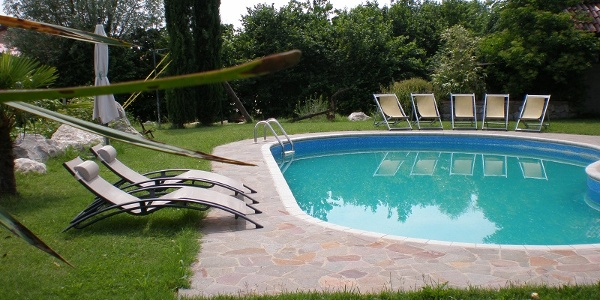 Swimming Pool Az. Tinello S.Urbano