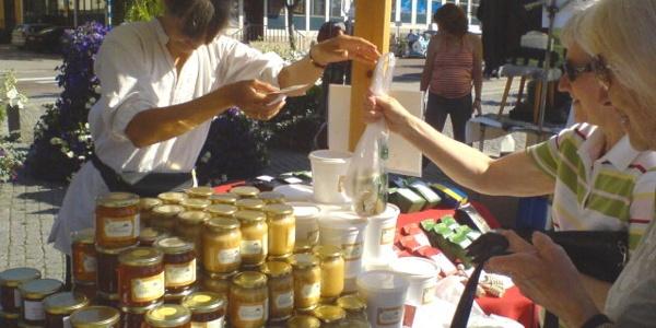 Marknadsförsäljning av honung