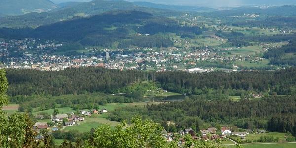 Feldkirchen in Kärnten, vom Saurachberg aus mit Blick nach Süden