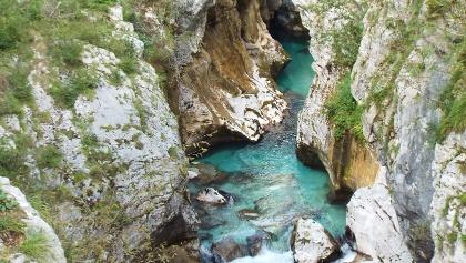 Am Oberlauf der Soča zwischen Trenta und Bovec