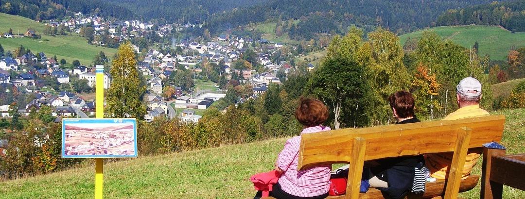 Aussichtsbank am Lämpelberg