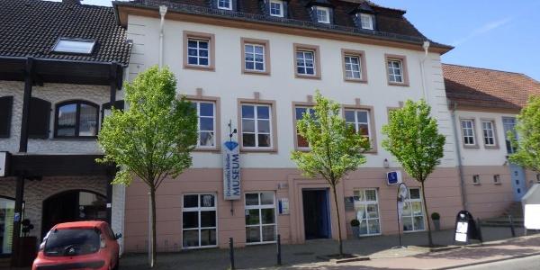 Diamantschleifer-Museum Brücken