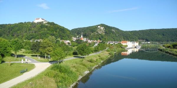 Altmühltal- Blick auf Riedenburg