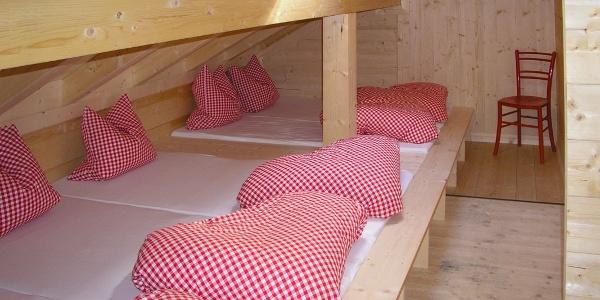 Matrazenlager im Schutzhaus am Brunnenkogel