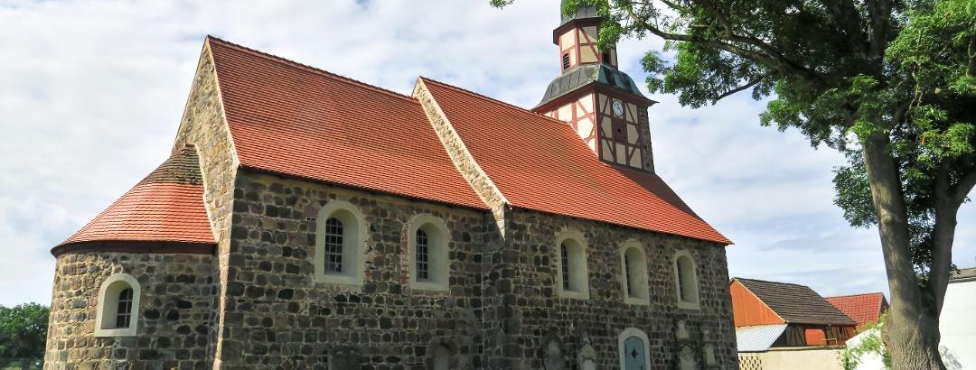 Feldsteinkirche Raben