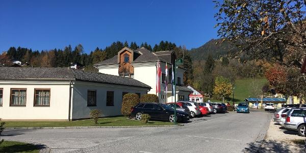 Ausgangspunkt Gemeindeparkplatz