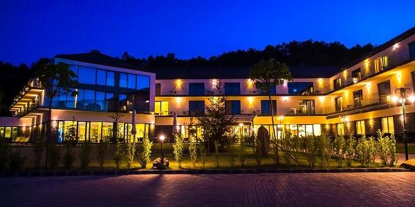 A Castellum Hotel Hollókő****