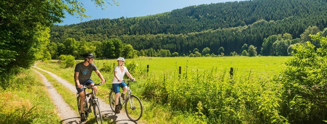 Radfahrer auf der Eifel-Höhen-Route