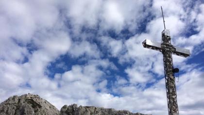 La croce di cima sul Monte Pizzocco