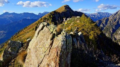 Blick von der Bocchetta di Vazzola ins Calancatal.