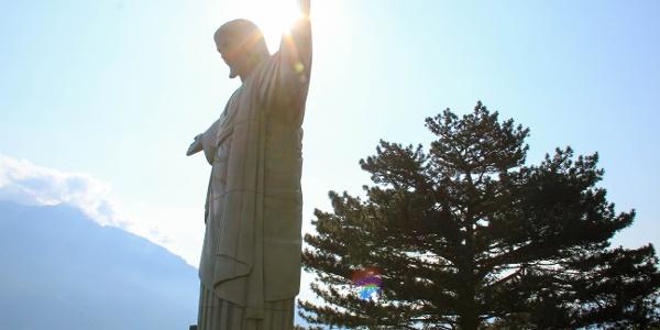 Cristo-Statue von der Skulpturenausstellung Bad RagARTz
