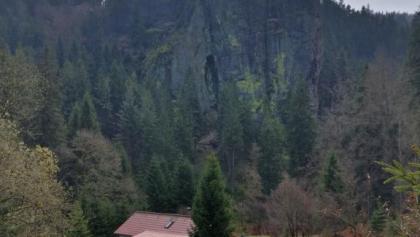 Falkenstein mit Bergwachthütte