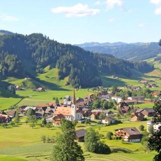 Dorf Marbach
