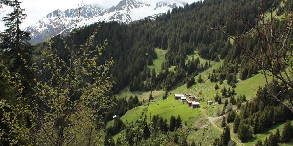 Die Hütten im Val Bugnei
