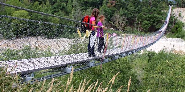 Auf der Bhutanbrücke.