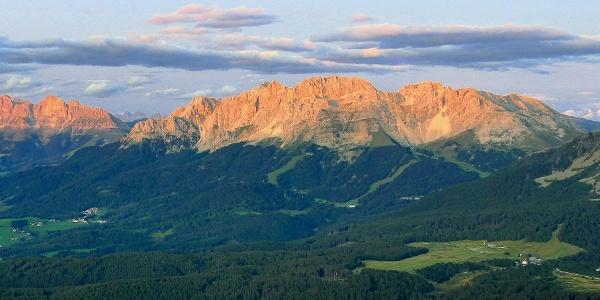 Der Latemar vom Weißhorn aus