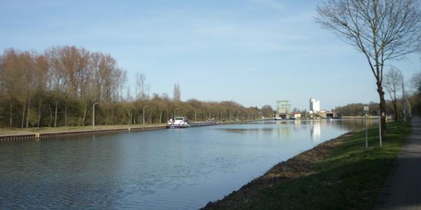 Blick entlang des Wesel Dattel Kanal