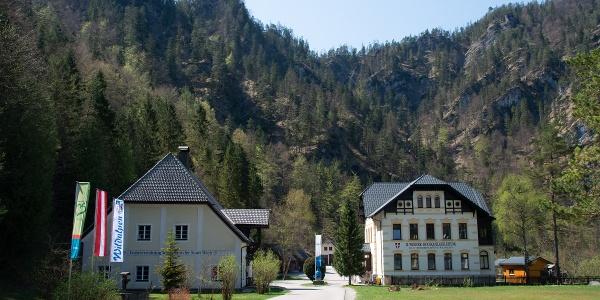 Startpunkt hinter dem Hotel Bergkristall