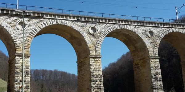 Viadukt der Schweizerischen Centralbahn alte Hauensteinlinie