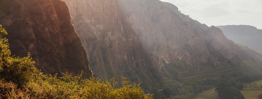 Blick auf Rotenfelsmassiv