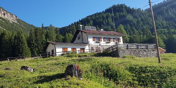 Lunelli Hütte