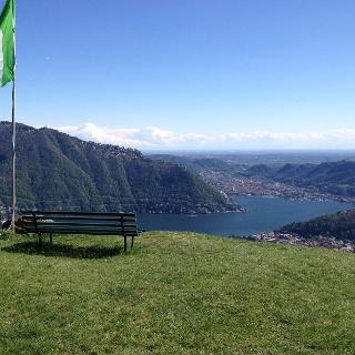 Ausblick auf Como an den Monti Duello