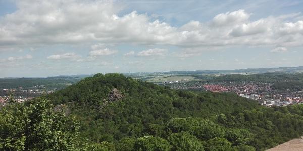 Blick von der Wartburg auf den Metilstein und Eisenach