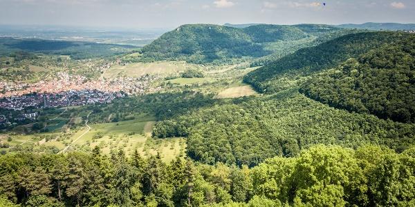 Blick von der Burg Hohenneuffen auf Beuren