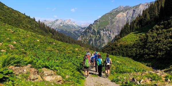 Auf dem Weg zur Unteren Bludenzer Alpe