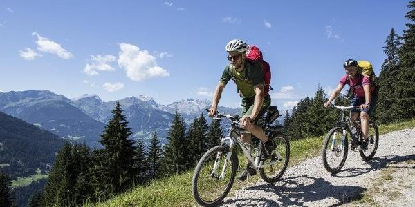Mountainbiken in Barthomomäberg